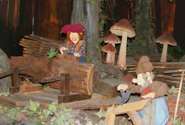 Bos van kabouter Plop in Plopsaland de Panne
