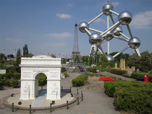 Mini Europa Brussel met Atomiun, Eiffeltoren en Arc de Triumph